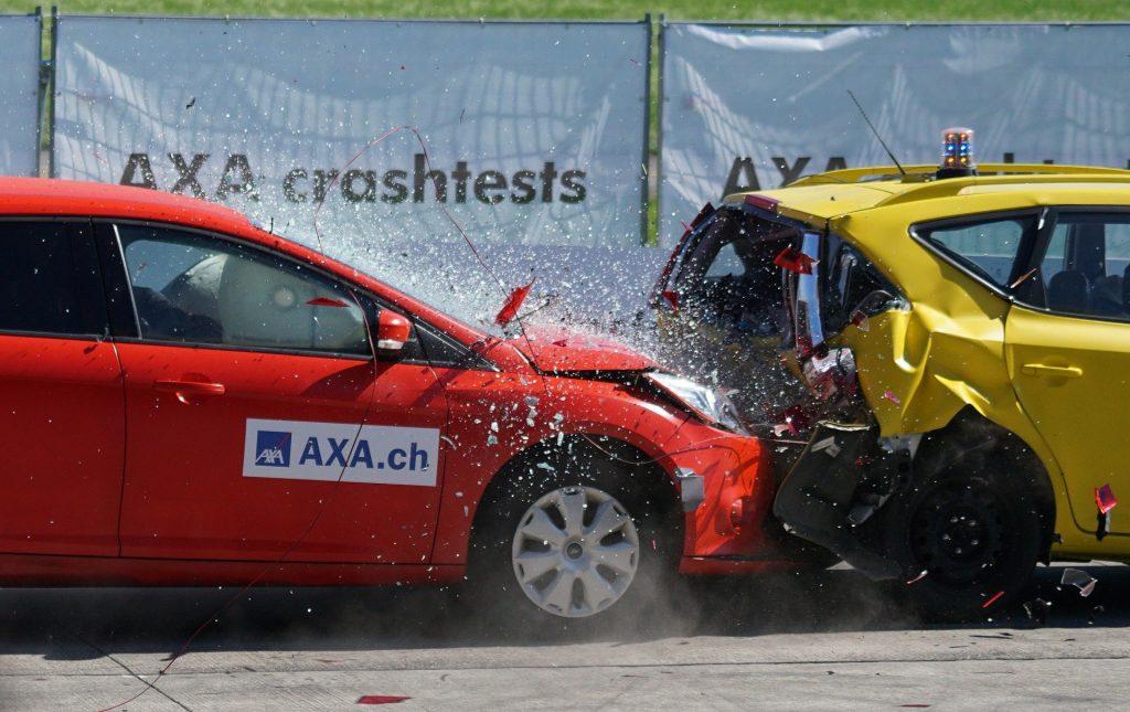 Auto-Crashtest: So gefährlich könnten künftige Sitzposition bei einem Unfall sein