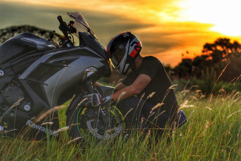 Motorradfahren nur mit Autoführerschein – das ist jetzt möglich!